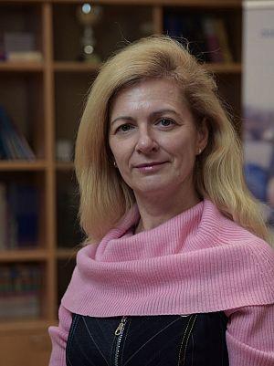 Elena Ponudič