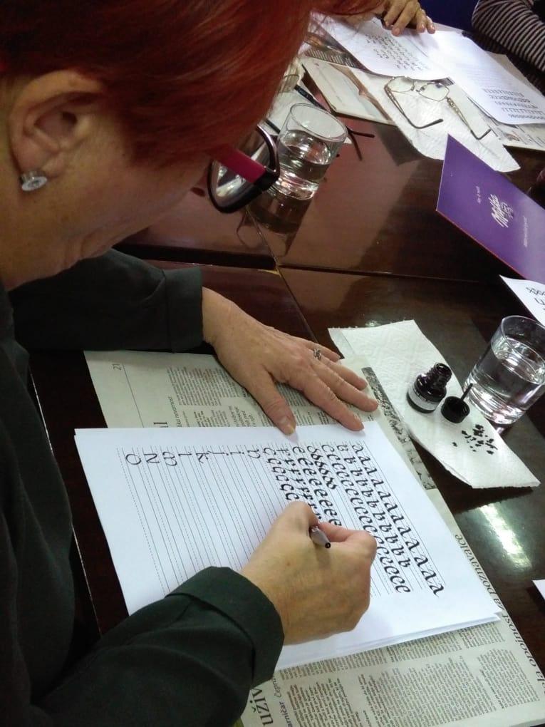 Kaligrafija in lepopisje na DOBI