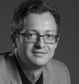 Bojan Krajnc ima več kot 20 let izkušenj v prodaji in marketingu in preko 12 let vodstvenih izkušenj na področju vodenja prodajnih ekip