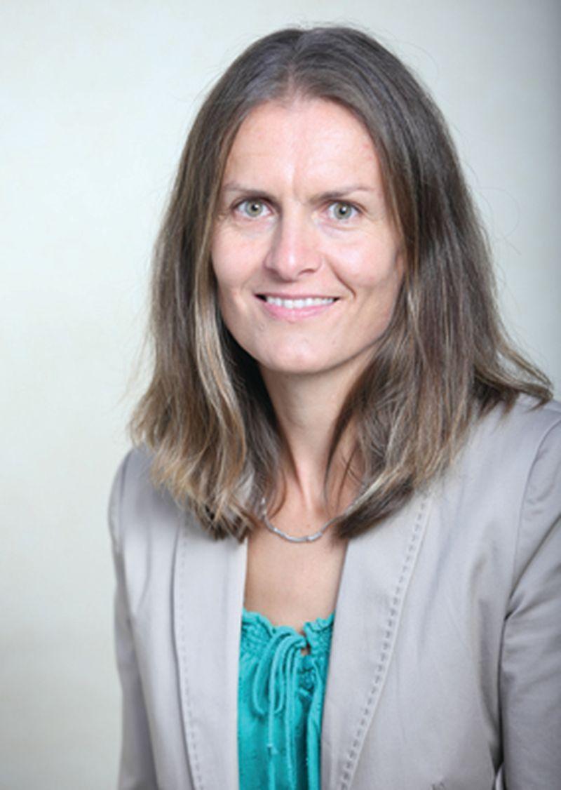 Dr. Tina Vukasovič naj učiteljice DOBA Fakultete